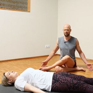 Restoratives Yoga bei Stress